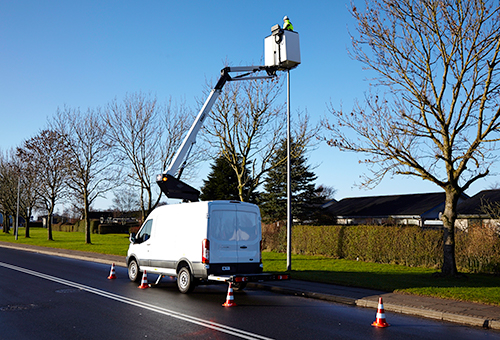Aerial work platform VTL 140 on a Ford Transit van from Versalift